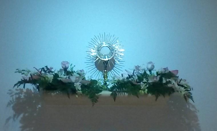 Adorazione Eucaristica giornaliera